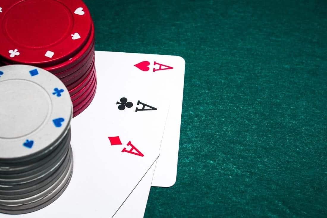 Tiga Kartu Poker